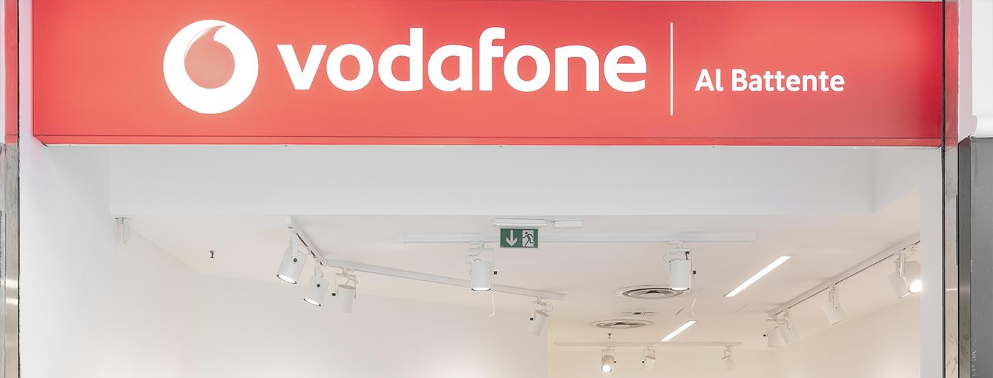 Centro Commerciale Al Battente negozio Vodafone